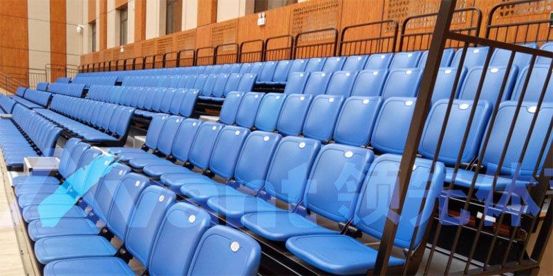 raked seats 1